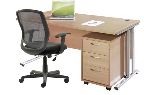 Gentoo Rectangular Desk (w) 1400mm x (d) 800mm with 3 Drawer Mobile Pedestal & Mave Chair