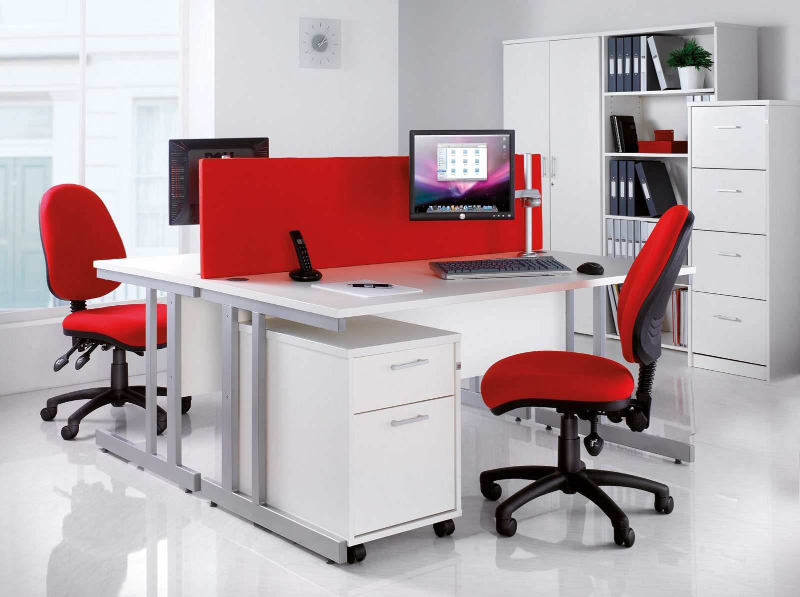 Paypal 1800 Number >> Momento Straight Desk with Cantilever Leg 1000 x 800mm